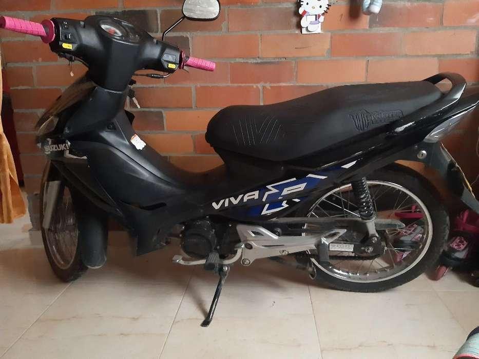 Moto Suzuki Vivar Cool