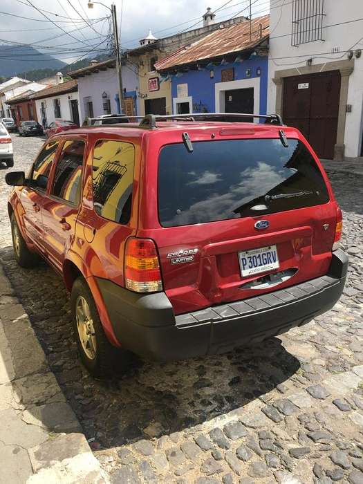 Ford Escape 2005 - 100000 km