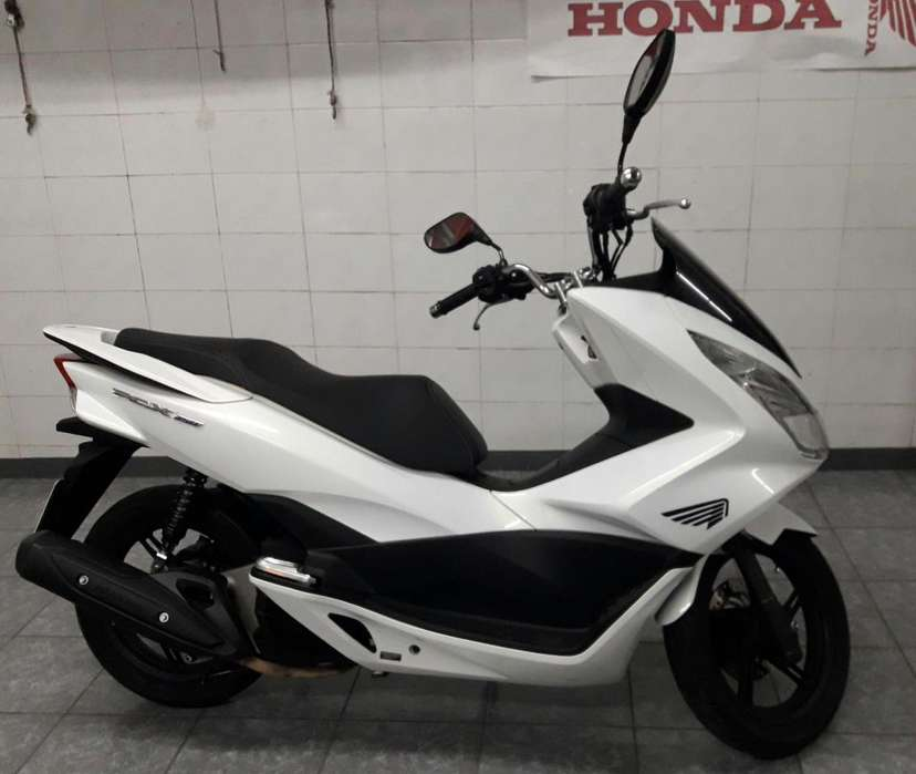 Honda PCX 150 (Impecable)