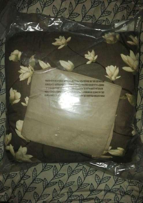 Vendo Cubrecama Doble Magnolia Y Mochila