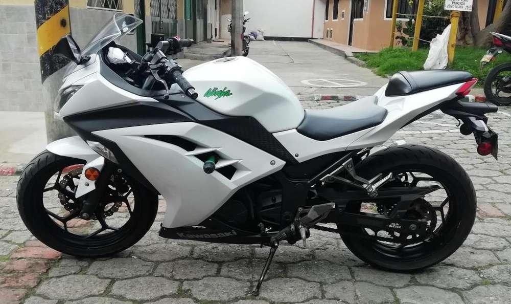 <strong>kawasaki</strong> Ninja EX 300