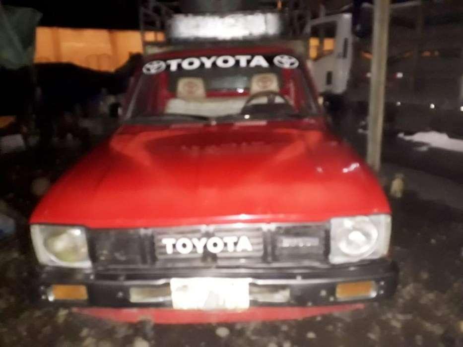 Vendo Toyota 2200