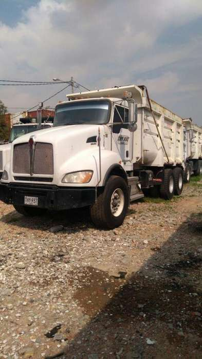 SE VENDE VOLQUETA DOBLE TROQUE KENWORTH