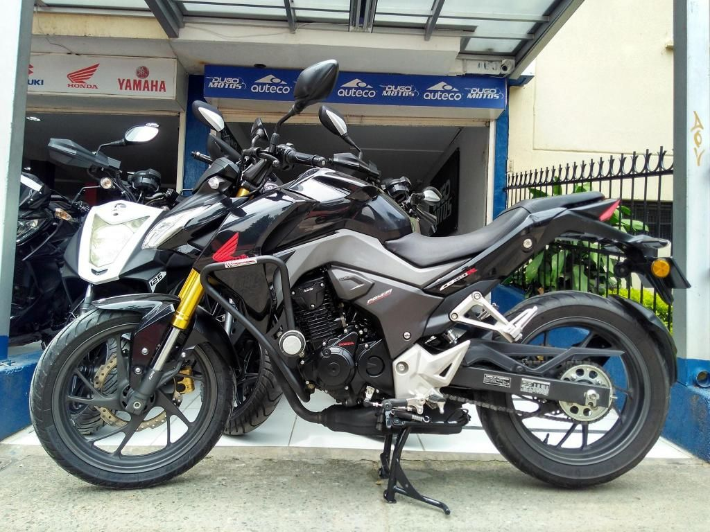 Honda CB190 R modelo 2018 al día Papeles nuevos ¡Estrena con las mejores opciones!