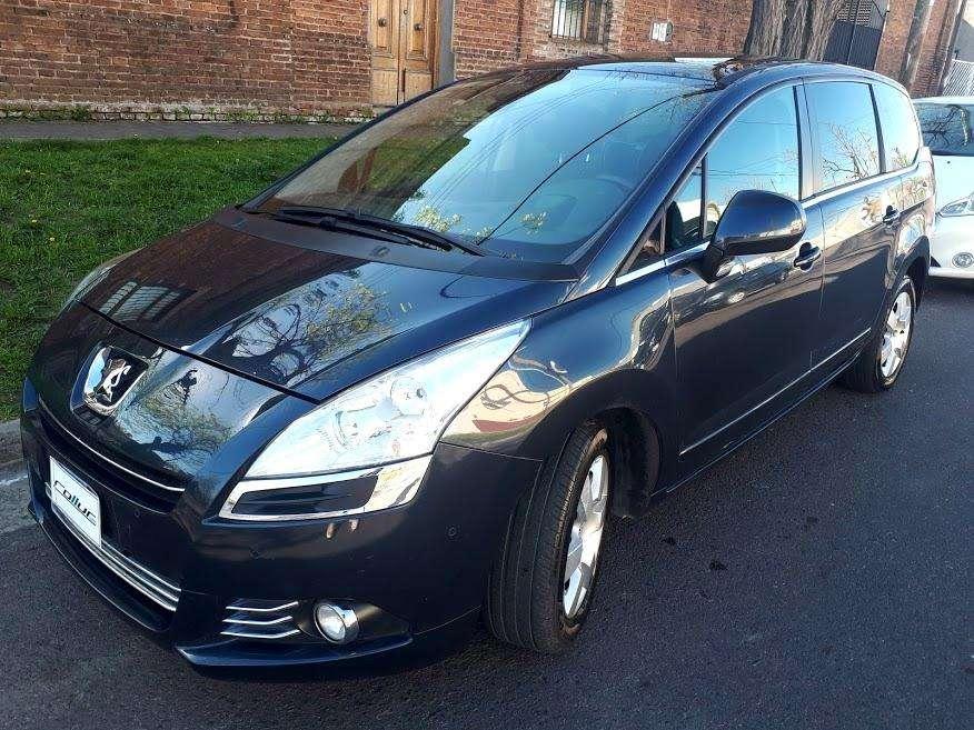 Peugeot 5008 2013 - 79000 km