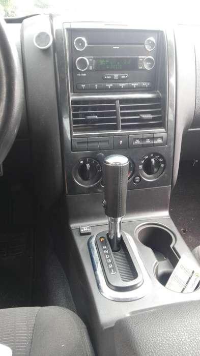 Ford Sport Trac 2009 - 25000 km