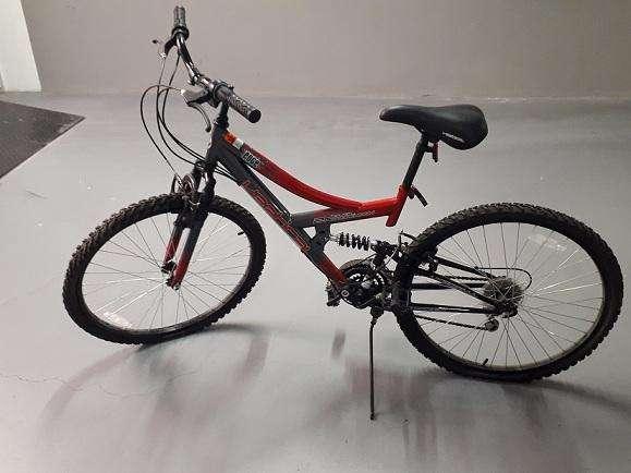 VENDO <strong>bicicleta</strong> 18 CAMBIOS ARO 26