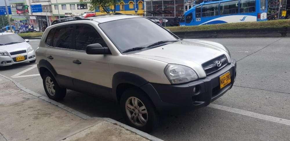 Hyundai Tucson 2008 - 136000 km