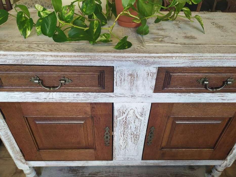 vendo mueble muy antiguo y restaurado