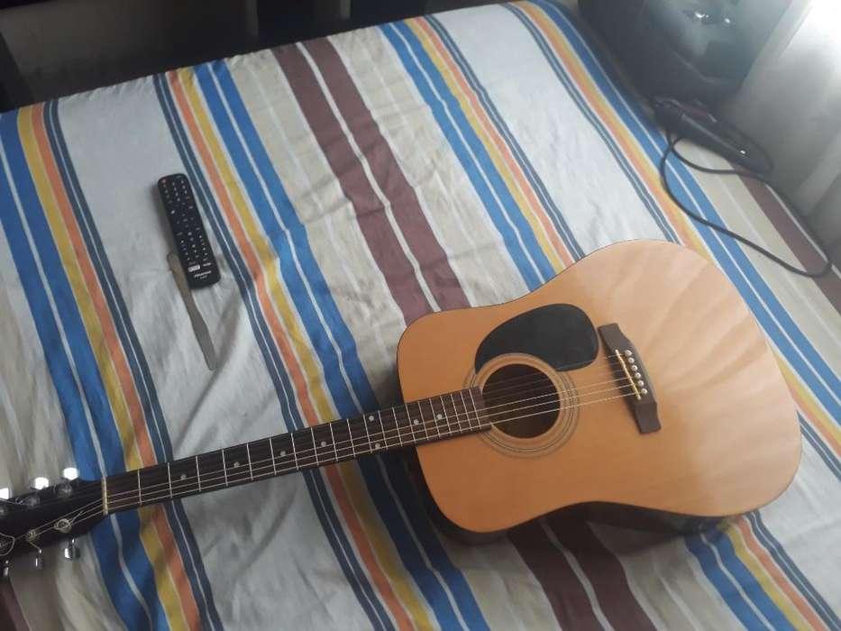 Vendo Squier Fender S100 Buen Estado