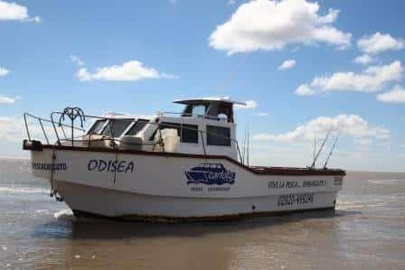 Vendo Embarcación para excursiones de pesca o trabajo de 10 x 3.50m