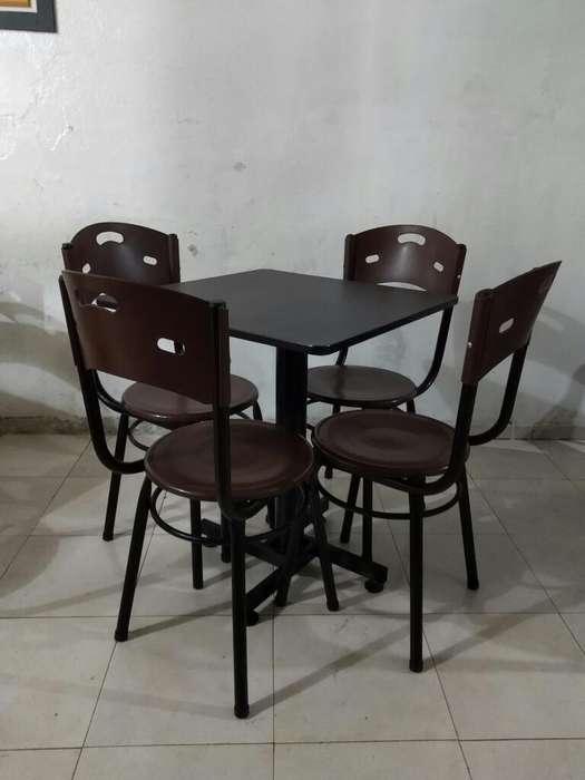 Vendo Juego de 8 Mesas para Restaurante
