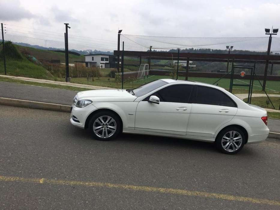 <strong>mercedes-benz</strong> Clase C 2012 - 86000 km