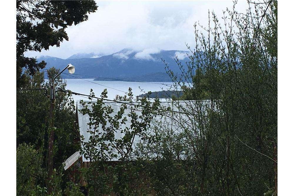 Lote con vista al lago en venta en Bariloche