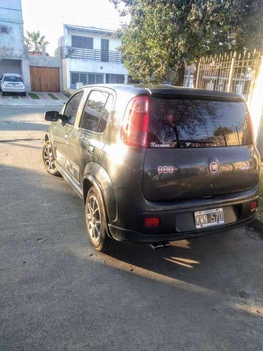 Fiat Uno  2012 - 109 km