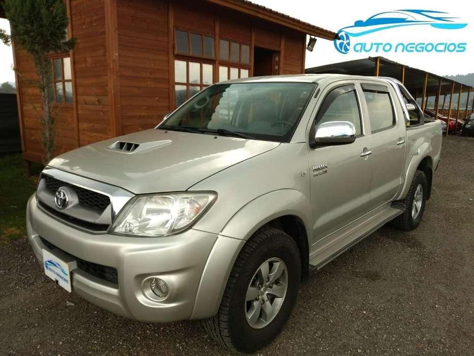 Toyota Hilux 2010 - 144236 km