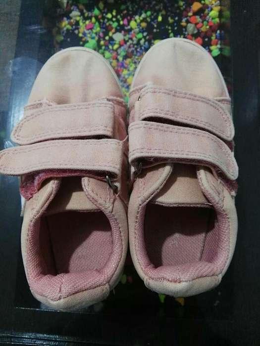 3763e466 Zapatillas: Artículos para Bebés y Niños en Trujillo | OLX