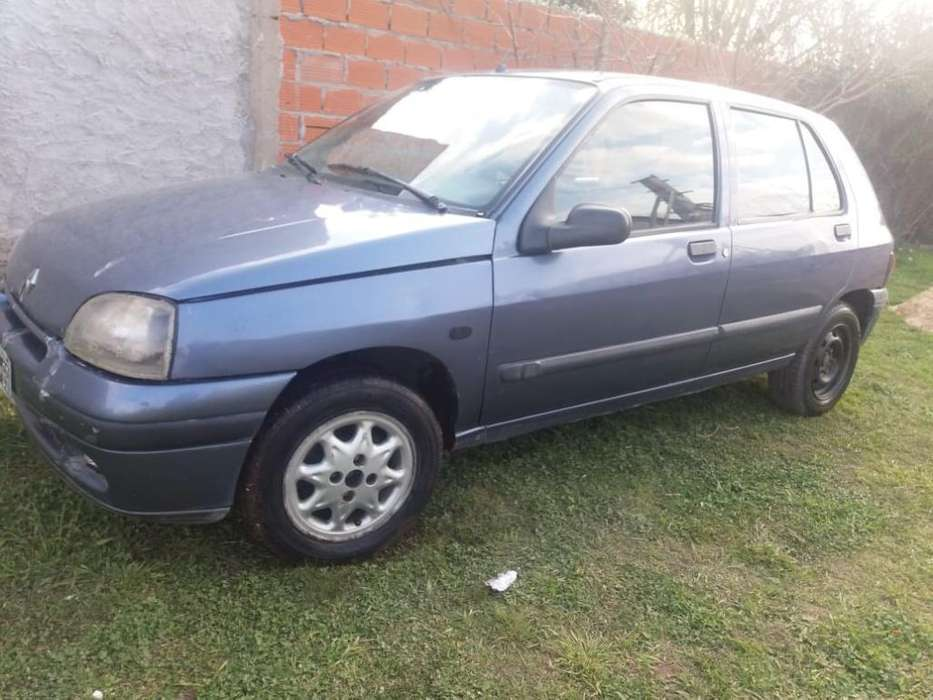 Renault Clio  1998 - 212000 km