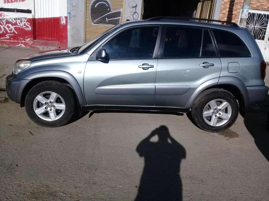 Toyota RAV4 2005 - 141000 km