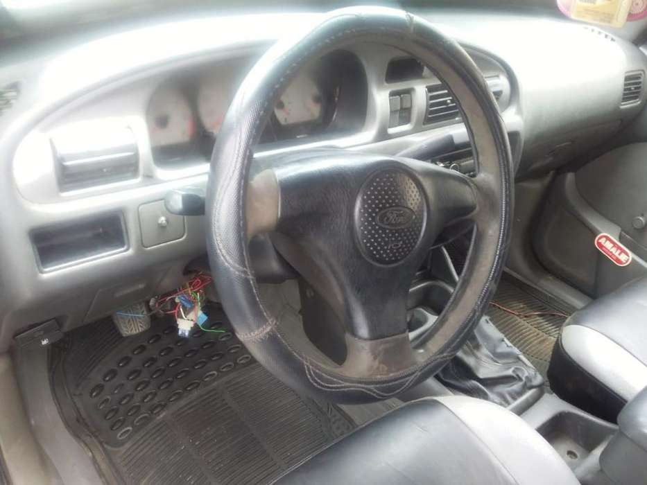 Ford Otro 2007 - 374000 km