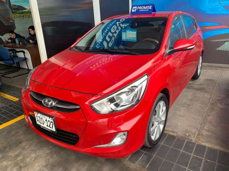Hyundai Accent Hatchback 2017 - 18000 km