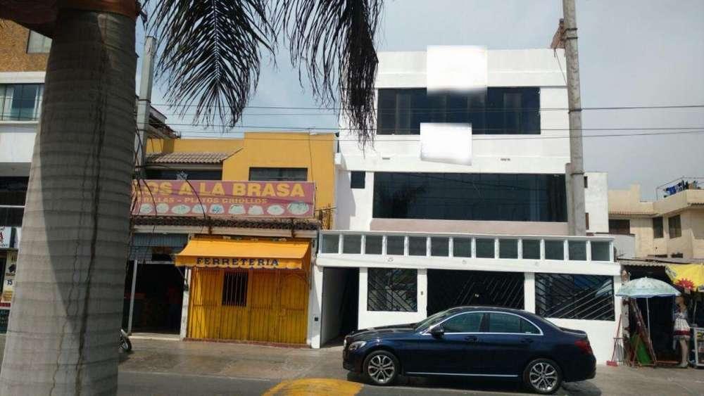 Chorrillos Alquilo Local de 4 Pisos 533 M2 Av. Alameda de los Cedros