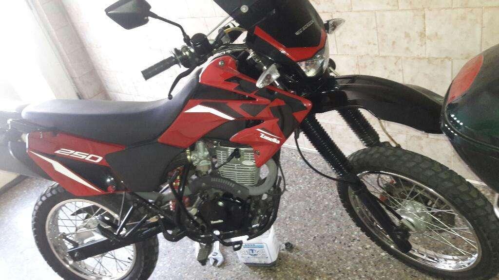 Vendo Zanella 250cc Zr Igual a Okm