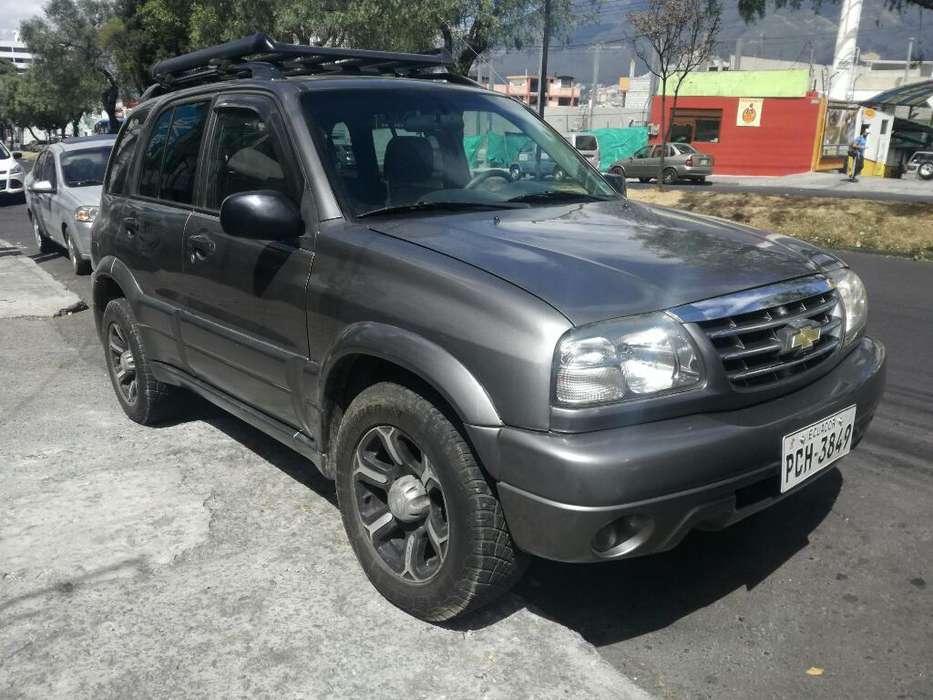 Chevrolet Grand Vitara 2014 - 100000 km