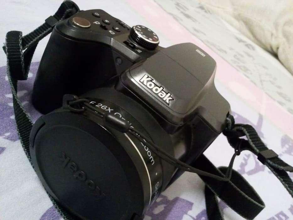 Cámara Profesional Kodak
