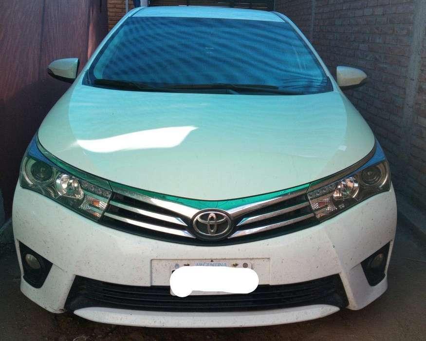 Toyota Corolla 2015 - 100000 km