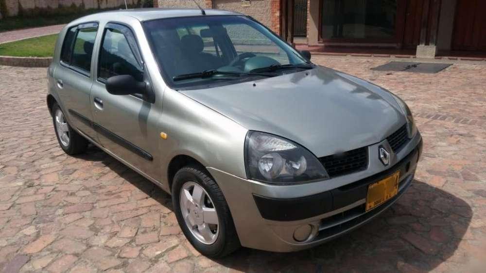 Renault Clio  2003 - 166000 km