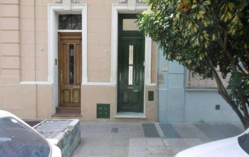 Depto.tipo casa de 4 ambientes en Venta en Caballito
