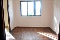 Casa en VENTA, 3 Dormitorios COCHERA y JARDIN