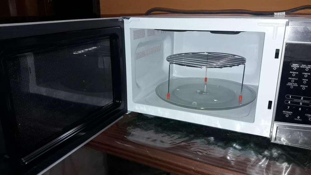 Horno <strong>microondas</strong> con grill 42 litros