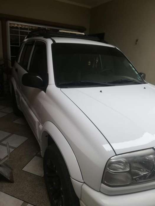Chevrolet Grand Vitara 2014 - 85000 km