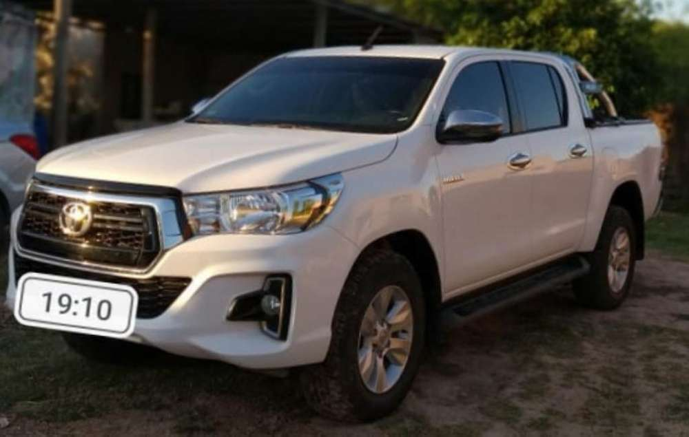 Toyota Hilux 2019 - 21000 km