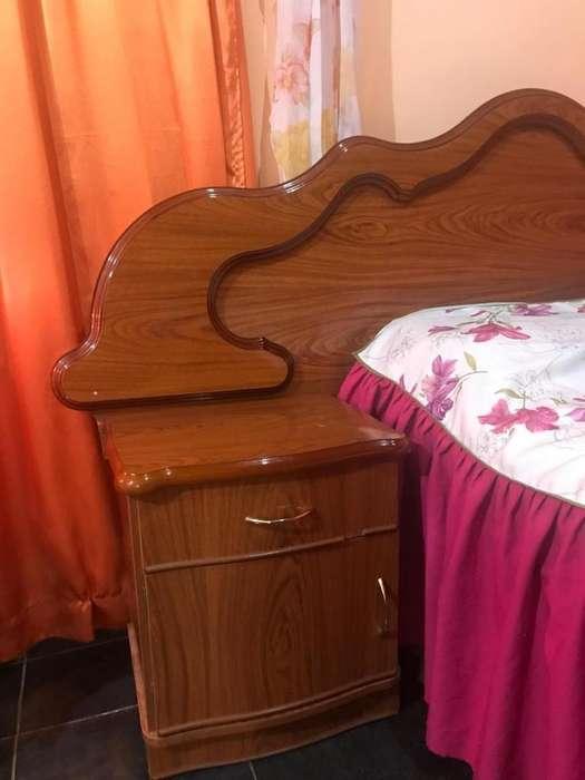 Vendo Juego de Dormitorio Completo