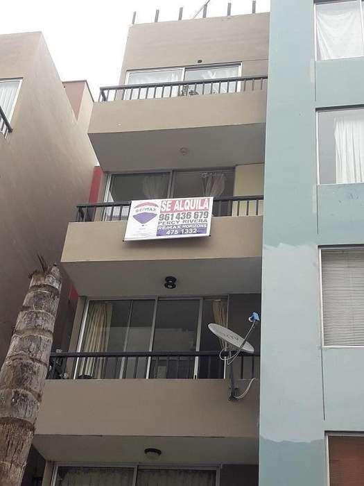 Alquiler de acogedor departamento, zona de fácil acceso, ubicado en Condominio Alameda Colonial - Bellavi