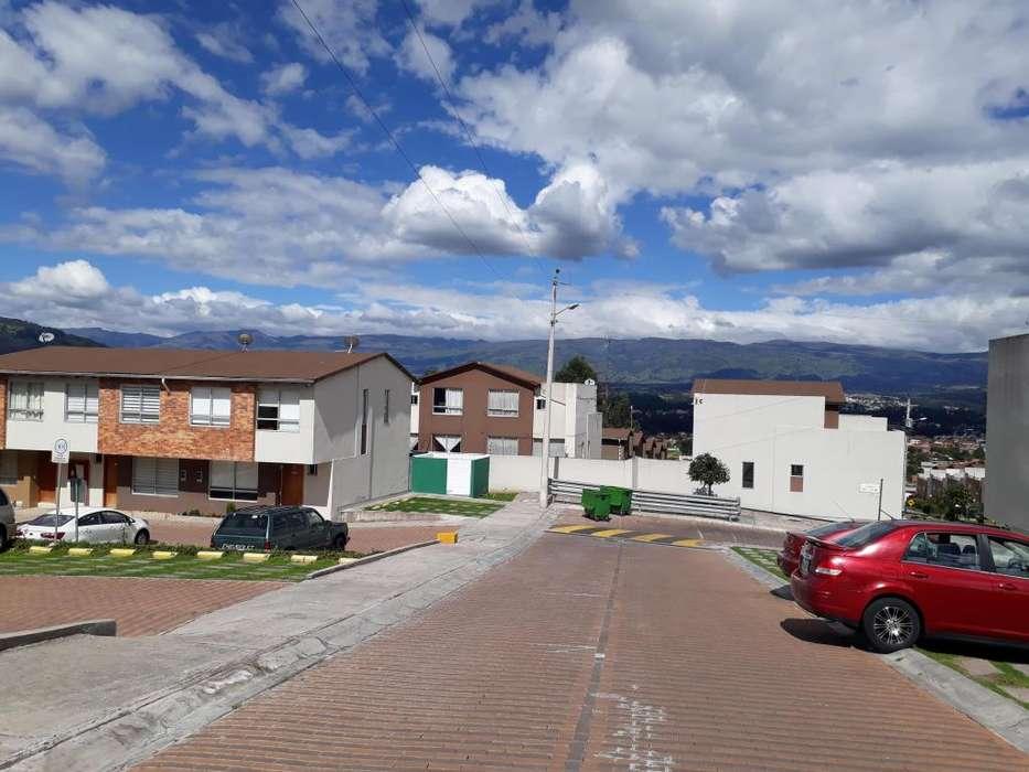 Venta Casa La Moya Sector Conocoto Valle de los Chillos