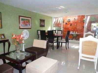 Se Vende Apartamento en CRESPO, Cartagena.