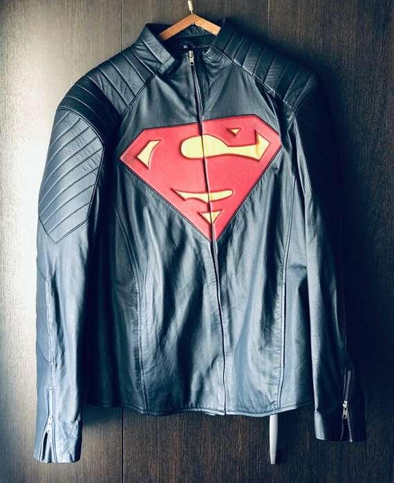 Campera Superman, Versión: Man Of Steel Movie.