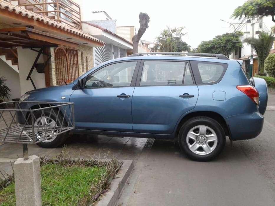Toyota RAV4 2008 - 66000 km