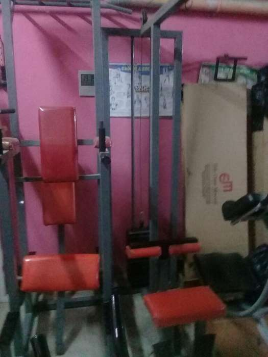 Vendo Maquinas para Musculación