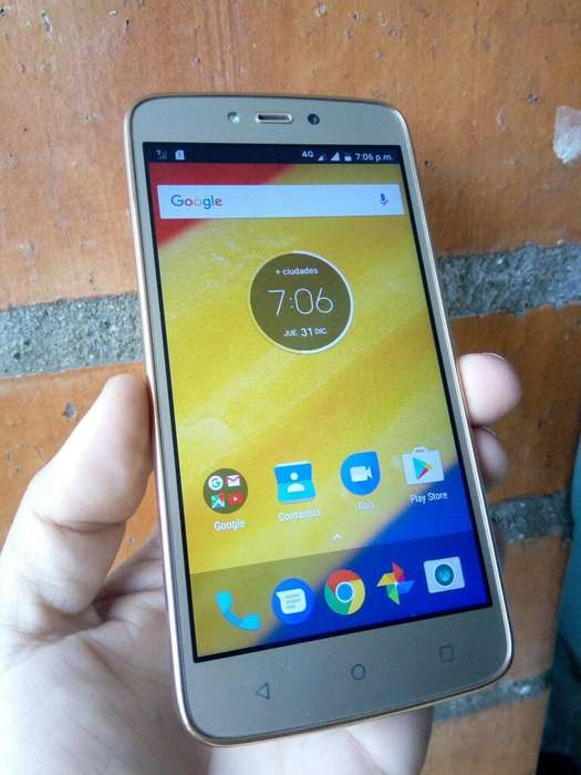 Celular Moto C Plus Impecable
