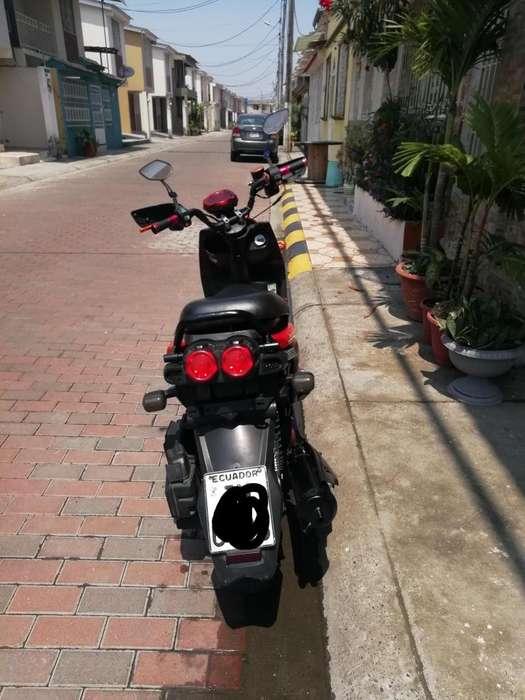 <strong>motoneta</strong> 150cc