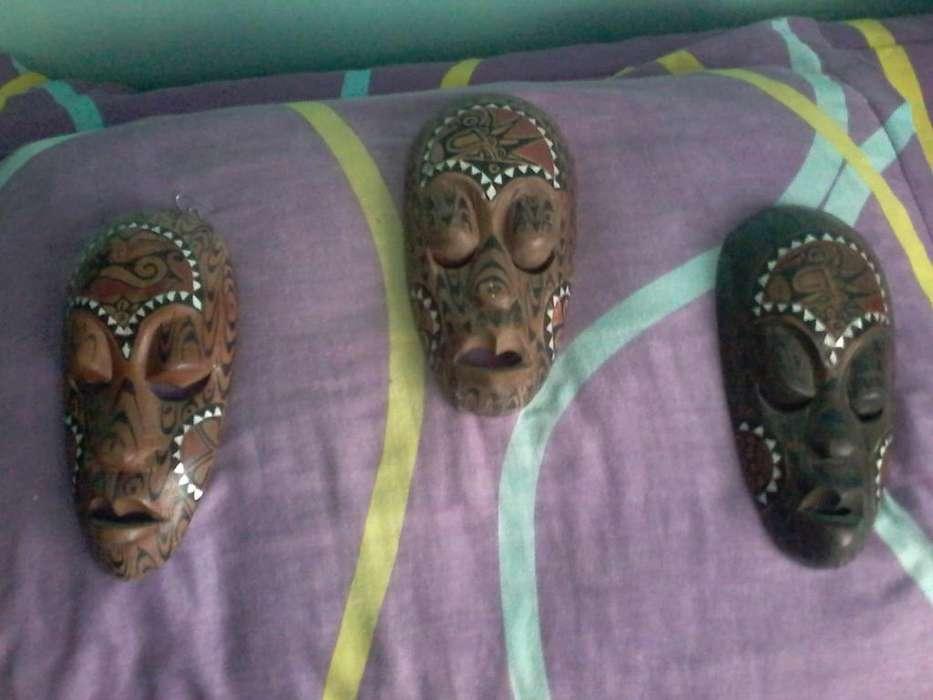 COLECCION DE MASCARAS AFRICANAS EN MADERA