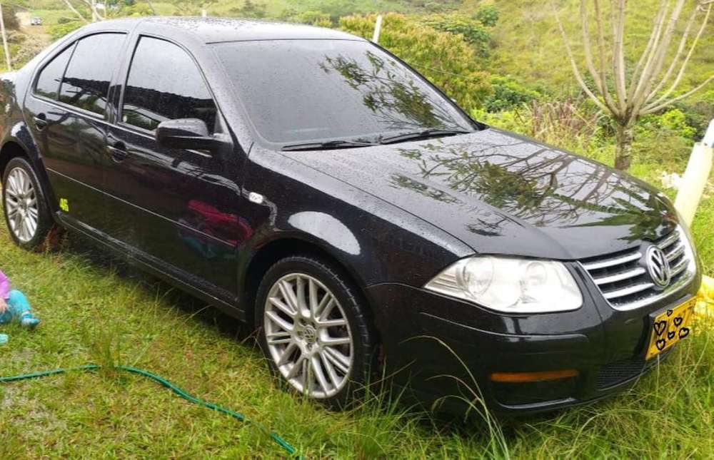 Volkswagen Jetta 2009 - 12000 km
