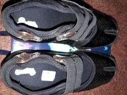 Zapatillas Scombro Talle M 3738