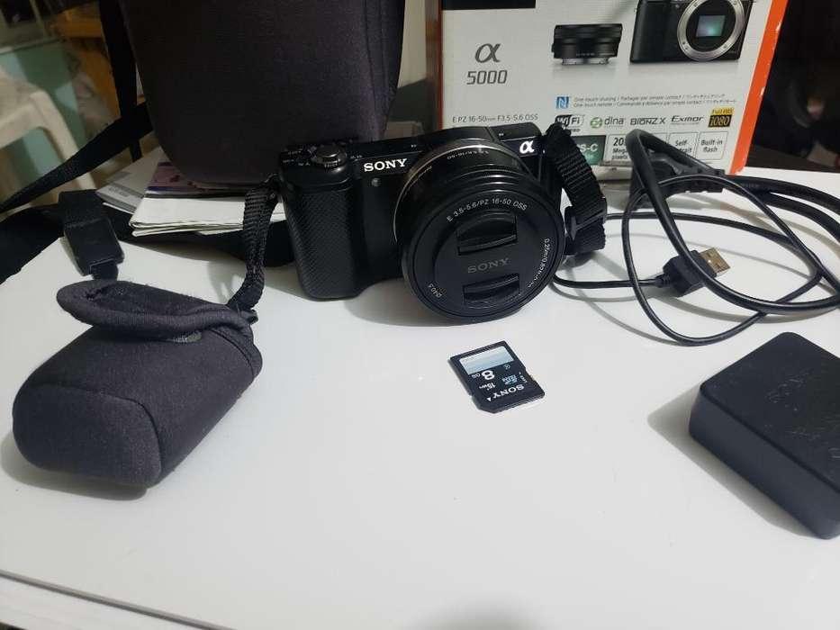 Sony A5000 Ilce 5000l Poco Uso Perfecta.