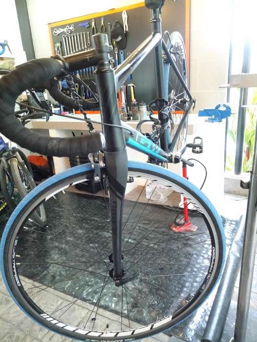 Vendo Bicicleta de Ruta Talla 56